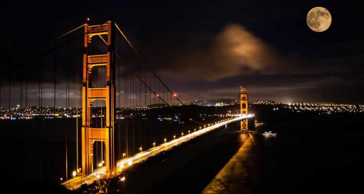 Golden-Gate-Bridge-at-night-750x400
