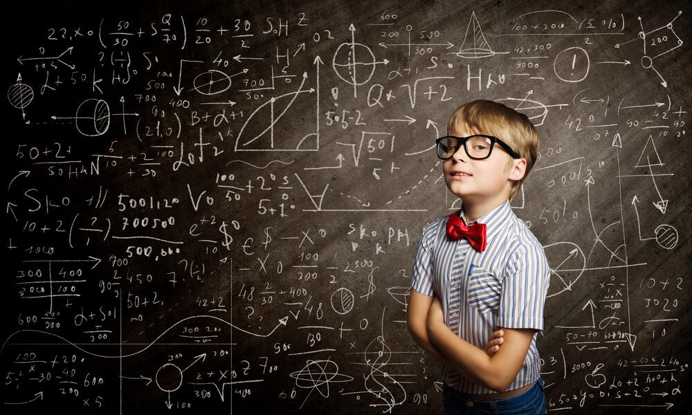 学生なのでネットビジネスは18歳から本格的にやろうと思っています