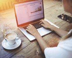 効率よく副収入を得る主婦、会社員、自営業者ができるネットビジネス